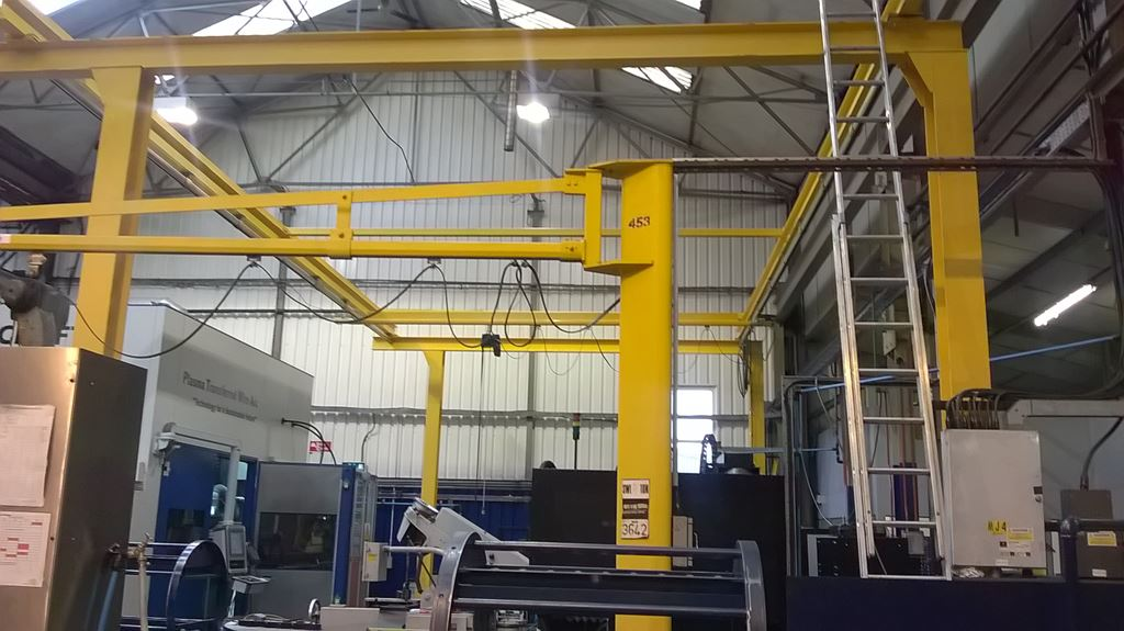 WE DESIGNLIFTING EQUIPMENT